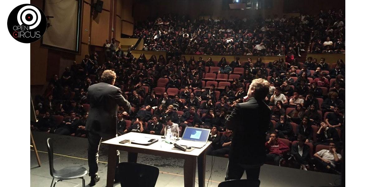 David Larible incontro con gli studenti del Colegio Leonardo Da Vinci 22 Maggio Bogot��.